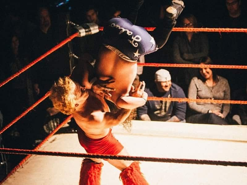Extreme Midget Wrestlers Suplex Move