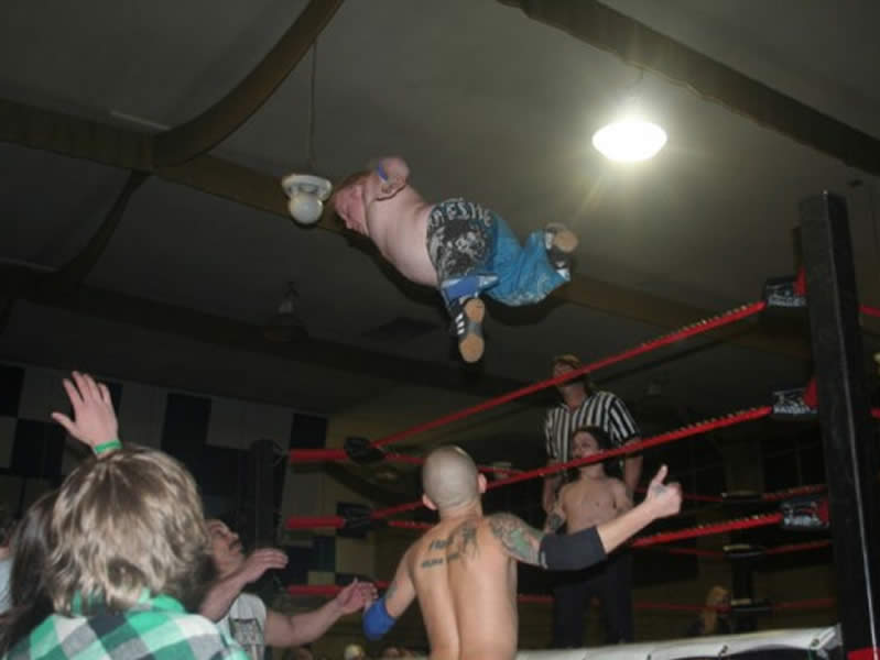 Flying Midget Wrestler
