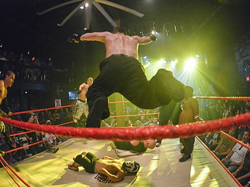 Midget Wrestler Stage Diving